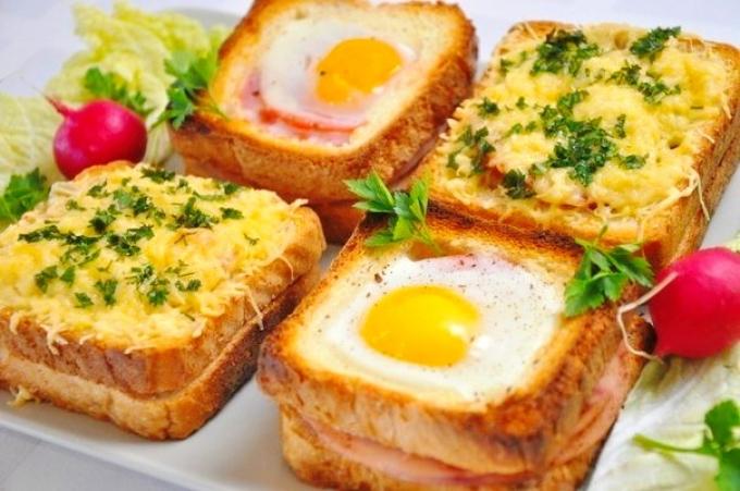 Картинки по запросу Бутерброды в духовке с яйцом